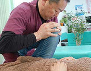 一人一人に合った治療をじっくり丁寧に施術いたします。